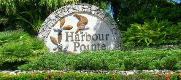 Harbour Pointe Entrance Marker